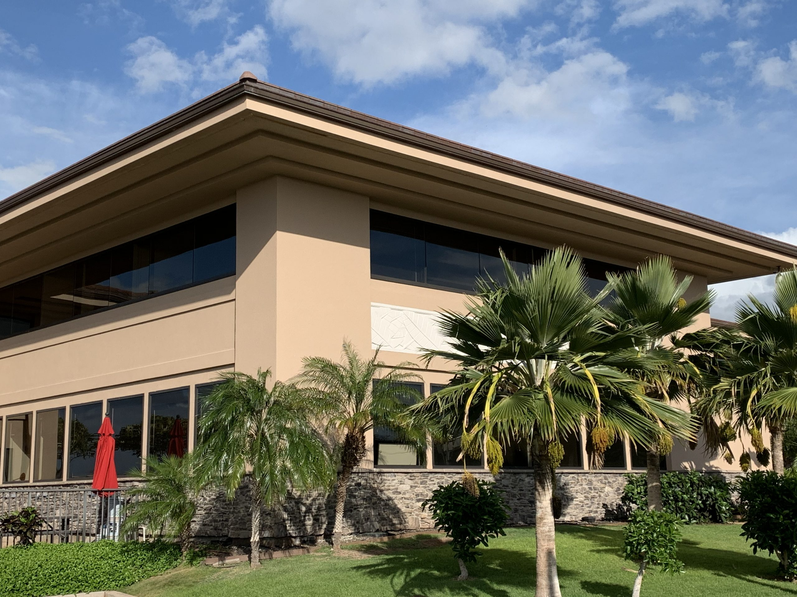 maui clean commercial offices